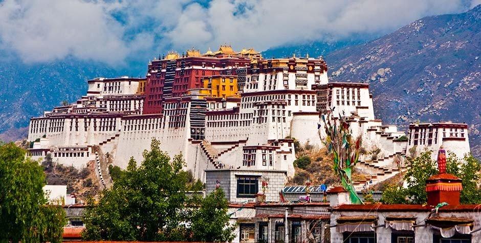 Yamdrok Lake, Tibet